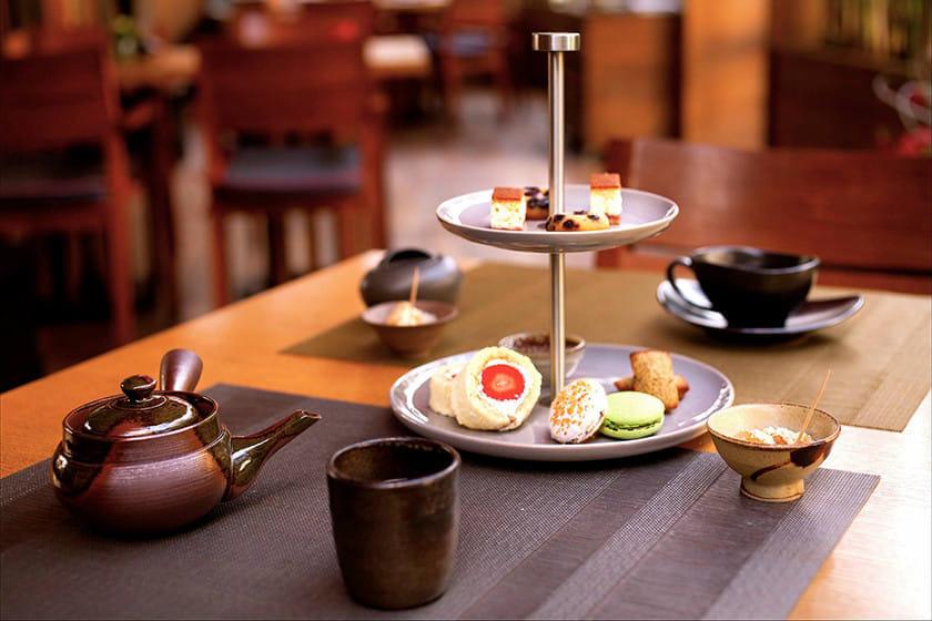 Le restaurant ILOLI à l'heure du thé