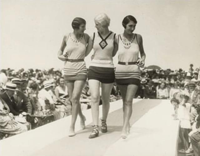 Défilé maillot de bain de Jean Patou en 1925.