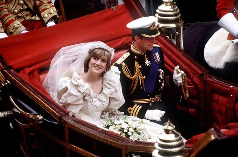 La robe de mariée à volants de Lady Di en 1981.
