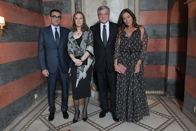 Le président de la SNRT Fayçal Laraïchi et son épouse Vanessa en compagnie de Sidney et Katia Toledano.