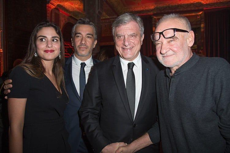 Yasmine Berrada de la Galerie Loft Casablanca en compagnie de son époux Driss El Alami de McDonald's Maroc, de Sidney Toledano et du réalisateur, scénariste et producteur hongrois Béla Tarr, président du jury du festival.