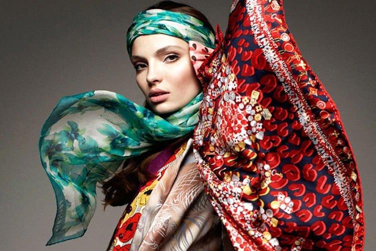 Le foulard pour vogue Germany en janvier 2012.